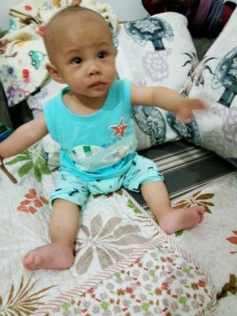亲们,给点意见_男宝宝,八个月了,体重14斤半,身