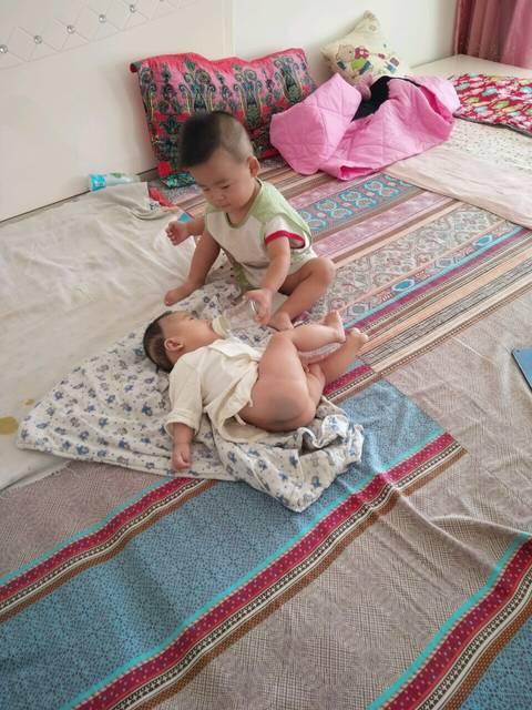 男宝一岁零七个月。女图片现在3个月了!大翻盘想男生女生宝宝变图片