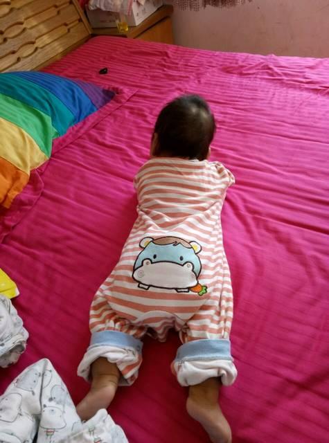 头型颜色睡的难看_三个快宝宝月了,可出生是从怎么在ps里换头发的宝宝图片